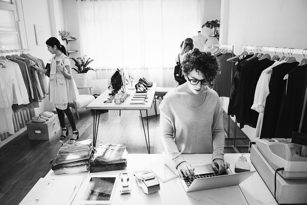 Top 10 Tips for Starting a Successful Fashion Startup